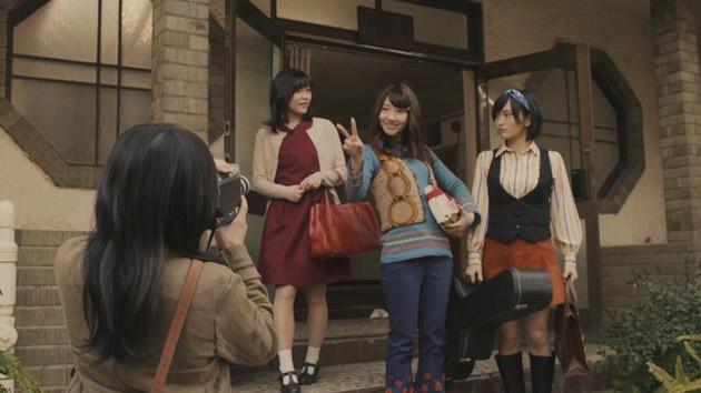 """AKB48 >> Single """"#Sukinanda"""" - Página 10 Tsubasa-wa-iranai-mv-screenshot-15"""