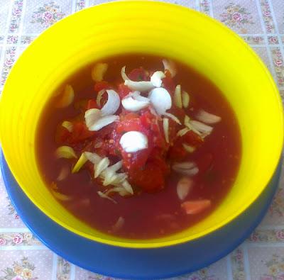salata tricolora