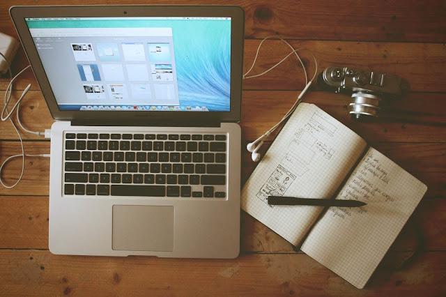 blogger tumblr