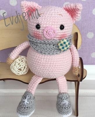 Свинка в модненьких ботинках