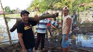 Gotong Royong Tanggul Jebol, Petani Jatiwangi Butuh Bantuan Alat Berat