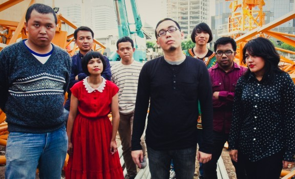 Biografi Band - Lorong Musik