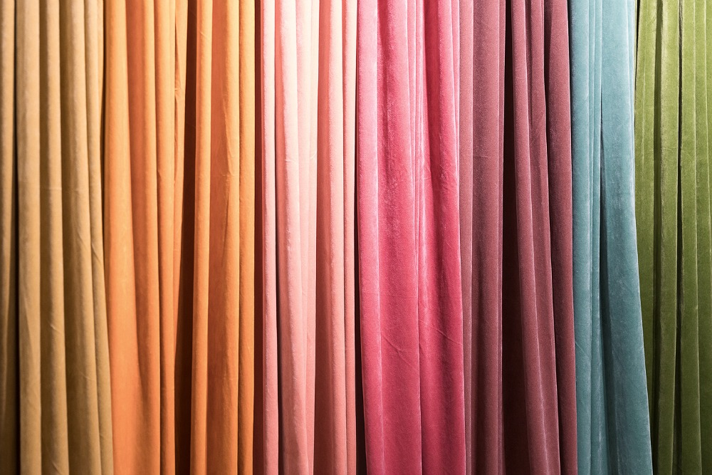 Formex, tradefair, sisustus, sisustaminen, inredning, interior, inspiration, spring, trends, trend, Visualaddict, photography, Frida Steiner, decor, decoration, trends2018, colours, home, colors, green, red, pink, yellow, velvet, curtain, Svanefors