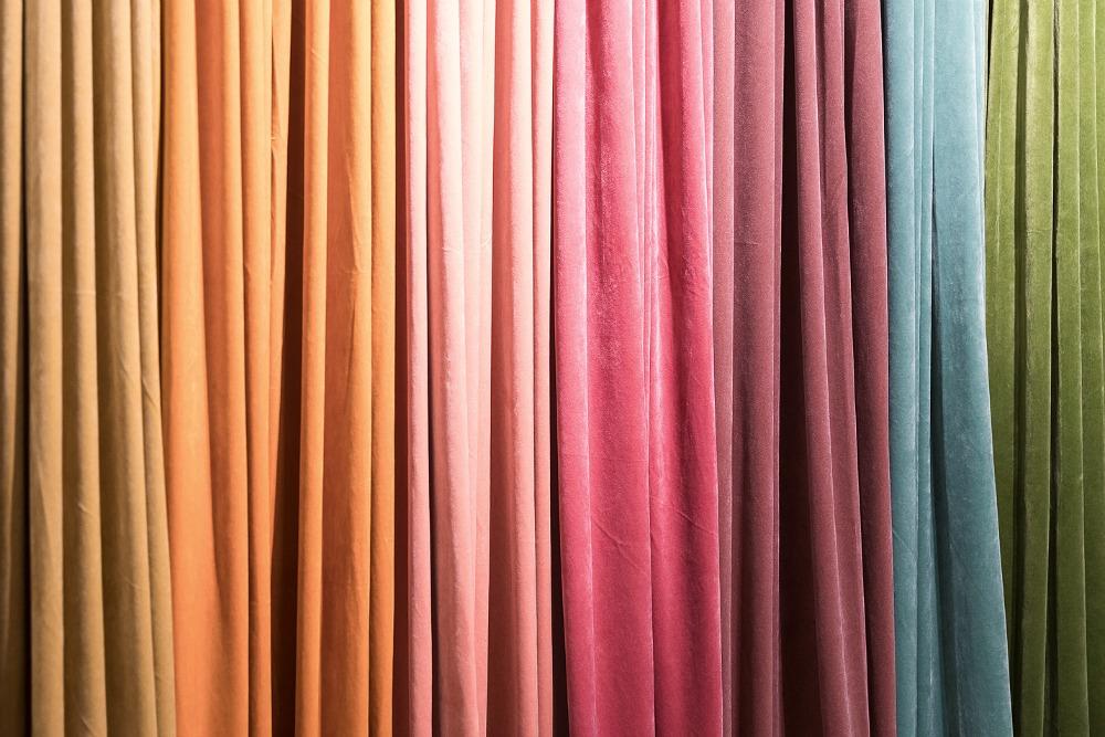 Formex, tradefair, sisustus, sisustaminen, inredning, interior, inspiration, spring, trends, trend, Visualaddict, photography, Frida Steiner, decor, decoration, trends2018, colours, home, colors, green, red, pink, yellow, velvet, curtain, Svanefors