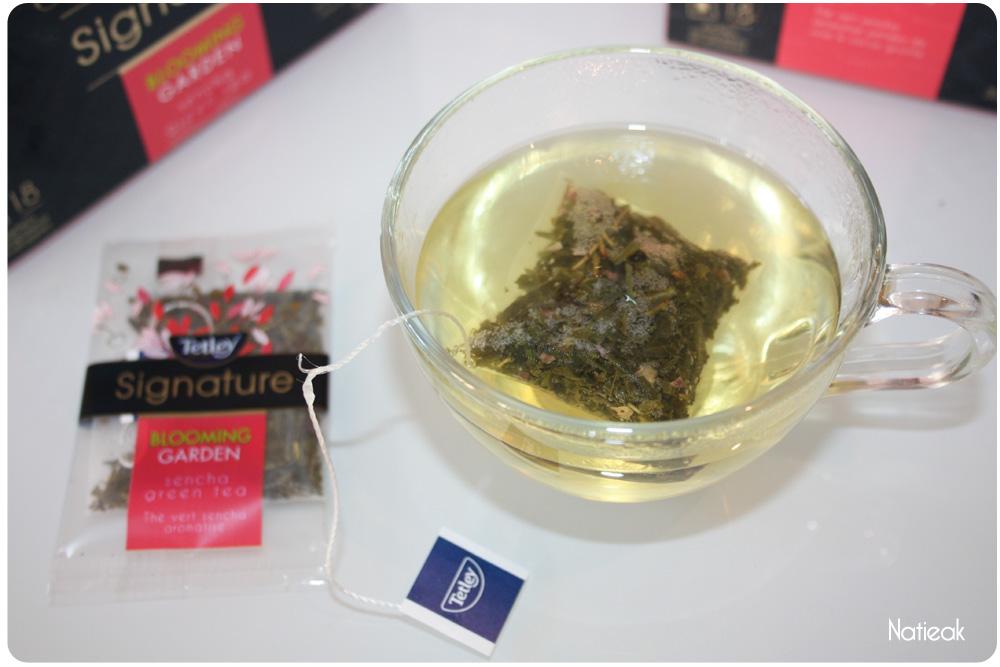 tasse de thé Tetley signature Blooming garden