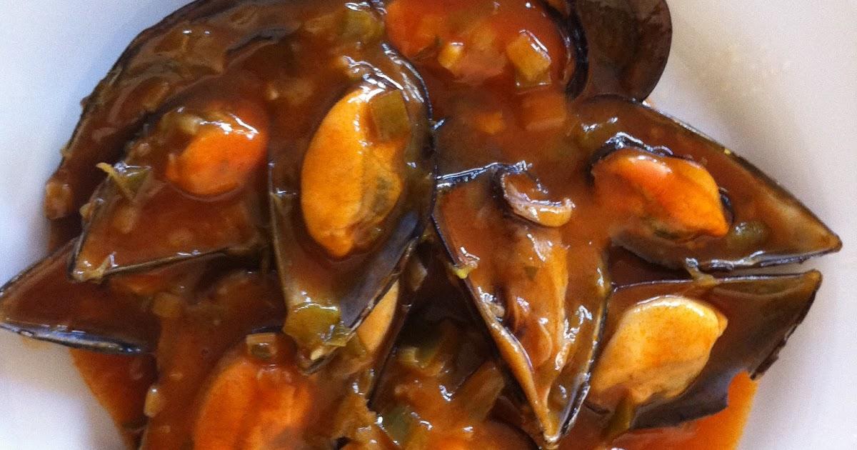 Cocina conmigo mejillones en salsa picante for Cocinar mejillones en salsa