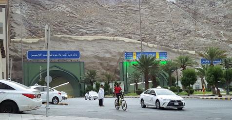 Jalanan Saudi Berbeda Dengan Jalanan Indonesia, Demi Keselamatan, Beberapa Hal Ini Patut Diketahui