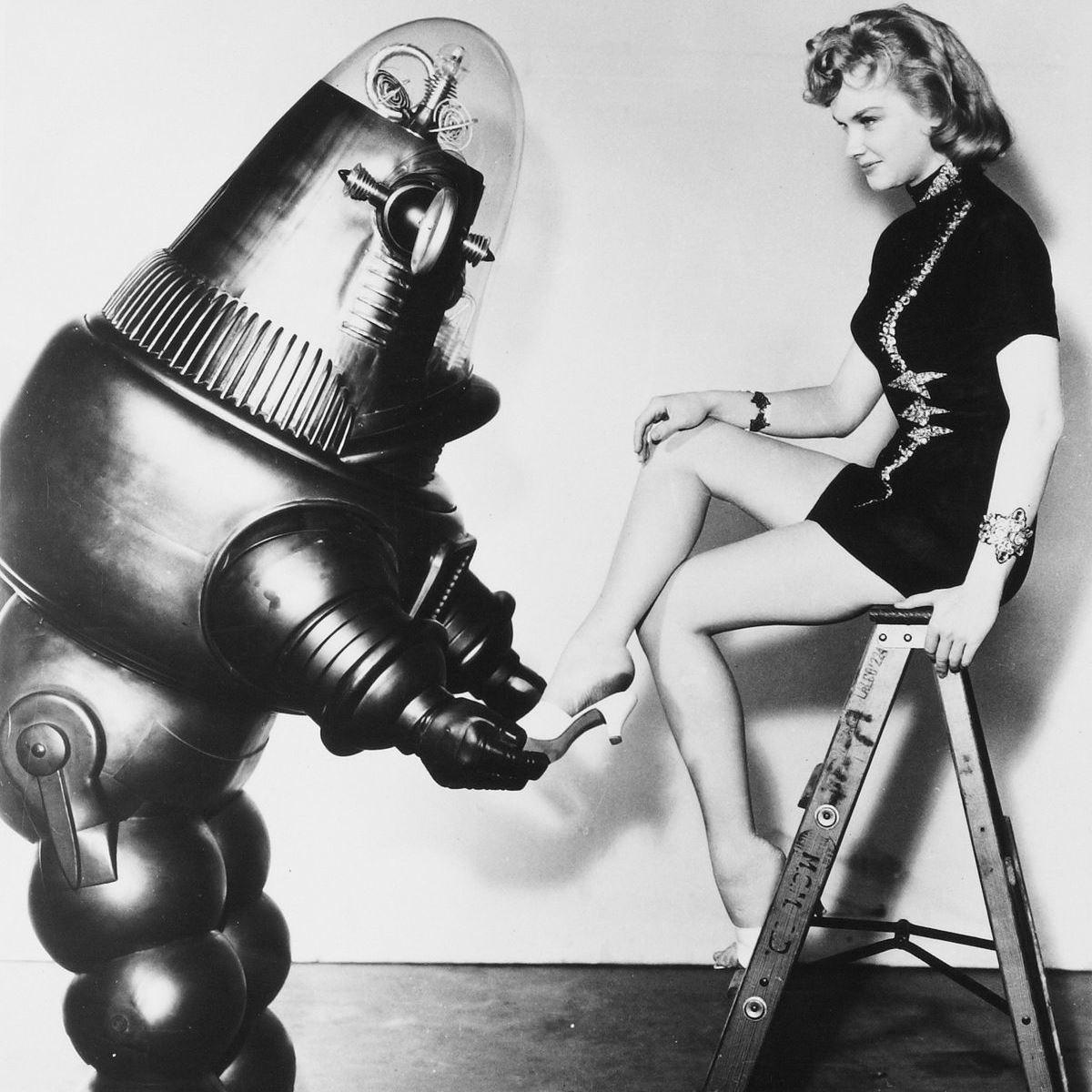 Anne Francis no filme O Planeta Proibido e a polêmica minissaia - 1958