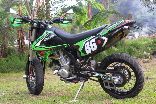 Modifikasi Kawasaki KLX 250 Model Supermoto Minimalis