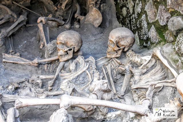 Szkielety w Herkulanum Neapol