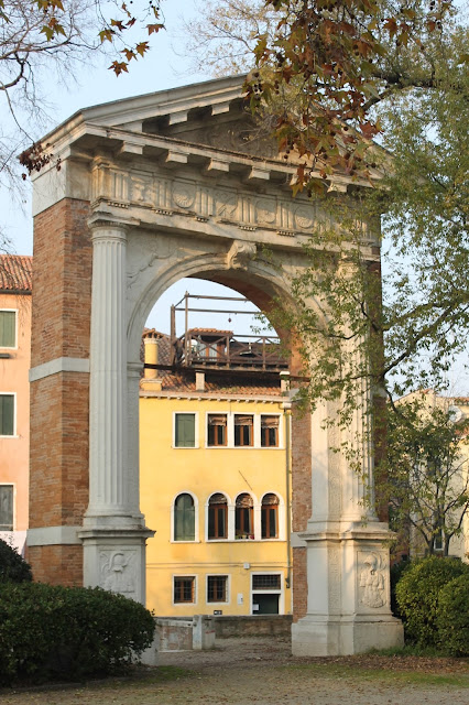 The Lando Arch, I Giardini Pubblici, Venice