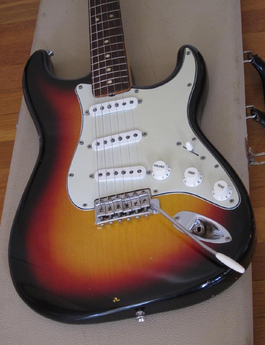 Vintage Guitarz: 1964 Vintage Fender Stratocaster with
