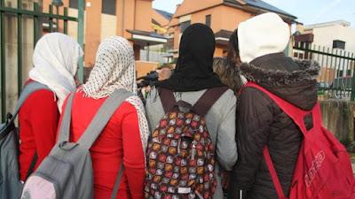Austria, velo, islam, prohibición, escuela