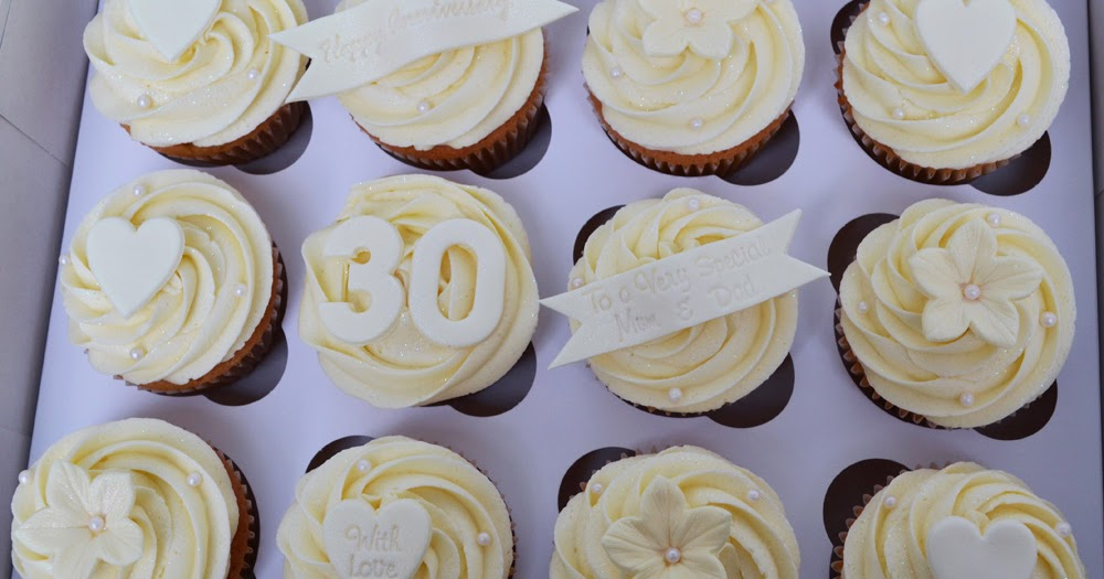 Pearl Gift Ideas For 30th Wedding Anniversary: Little Paper Cakes: Pearl Wedding Anniversary Cupcake Gift Box