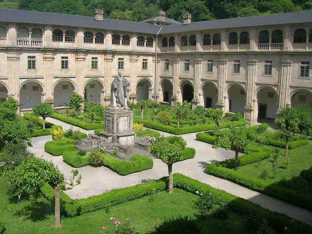 Monasterio de San Xulián de Samos en el Camino de Santiago