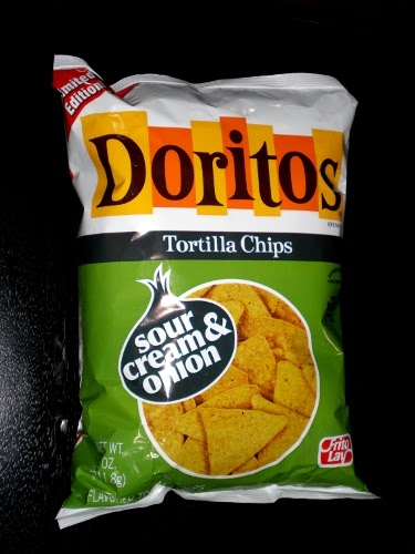 the crooks in the lot product review doritos sour cream onion. Black Bedroom Furniture Sets. Home Design Ideas
