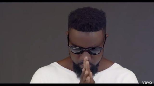 VIDEO: DJ Mensah ft. Sarkodie – Say I Do