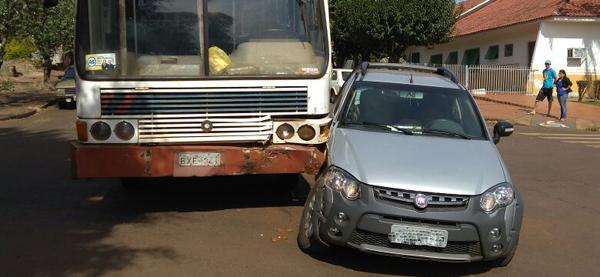 Roncador: Acidente de trânsito na Rua São Paulo com a Marechal Deodoro