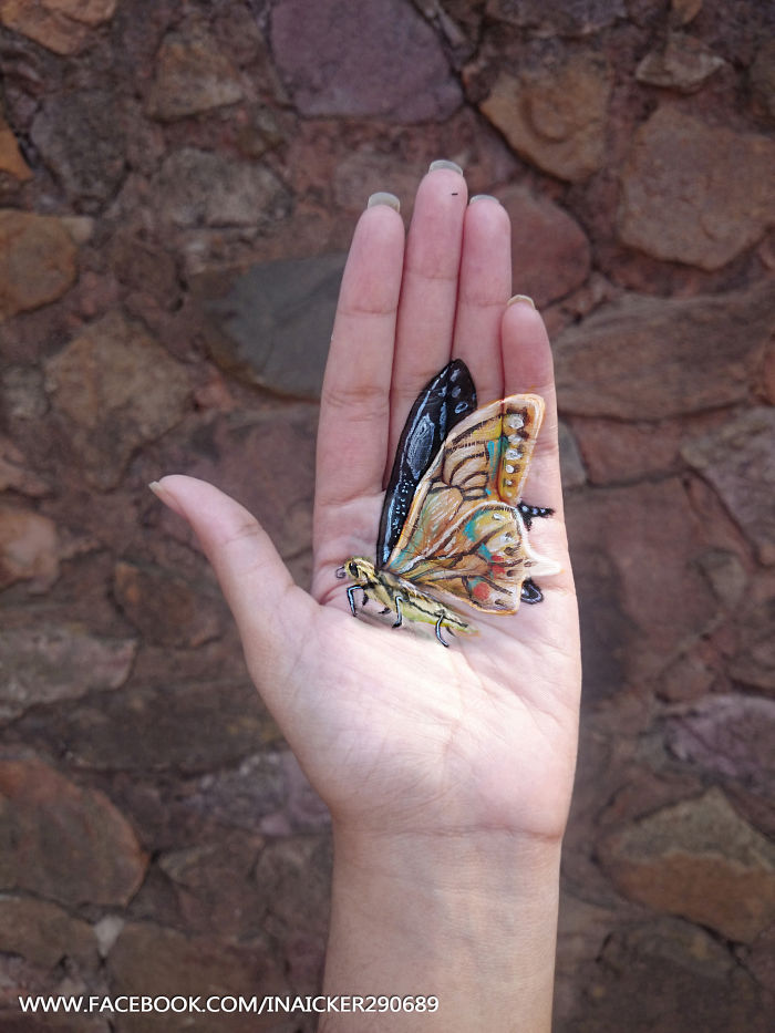 06-Butterfly-Iantha-Naicker-Luviano-Body-Painting-3D-Animals-and-Objects-on-my-Hand-www-designstack-co