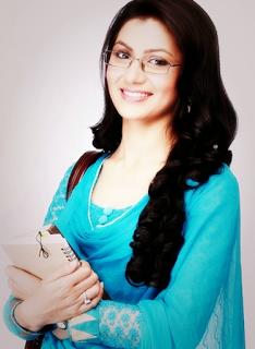 Profil Biodata Sriti Jha Pemeran Pragya