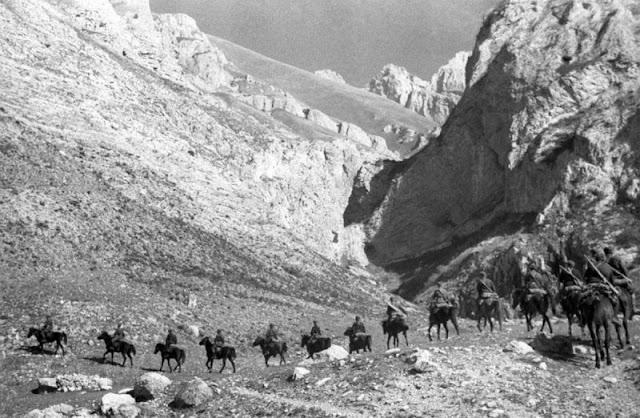 Horses in World War II worldwartwo.filminspector.com Soviet troops Caucasus