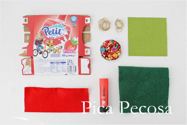 como-hacer-mini-arboles-navidad-diy-carton-reciclado-fieltro-servilletas-papel-materiales