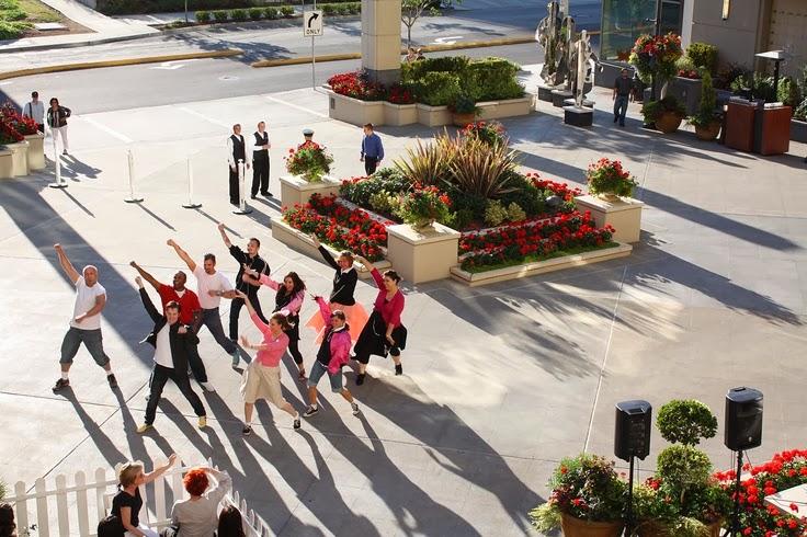 flash mob dancers