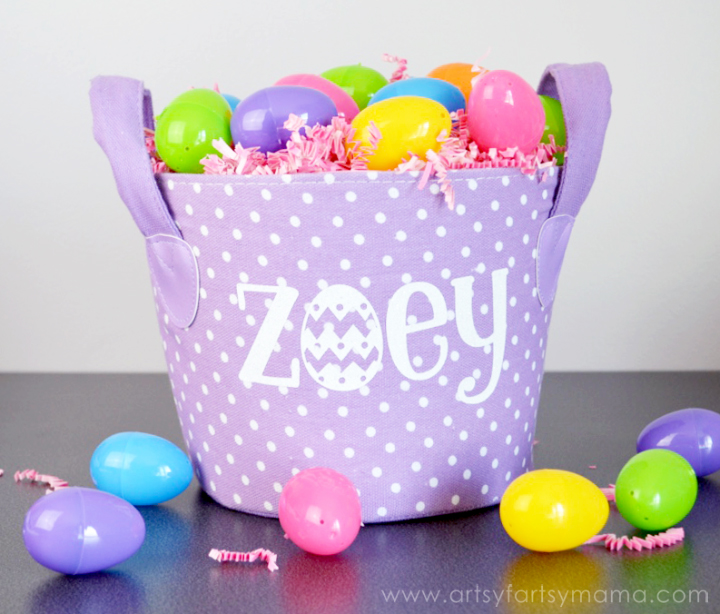 DIY Personalized Easter Basket at artsyfartsymama.com