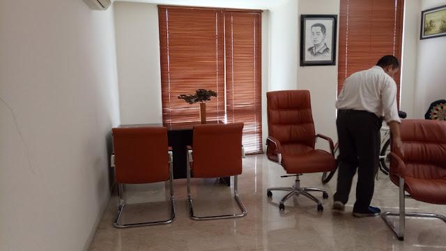 service kursi kantor