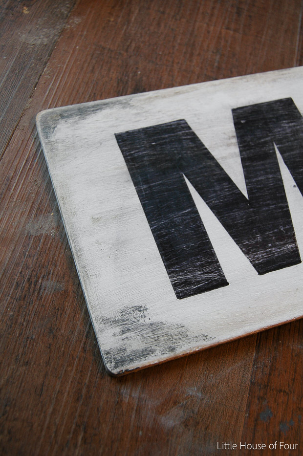 Distressed DIY Market sign