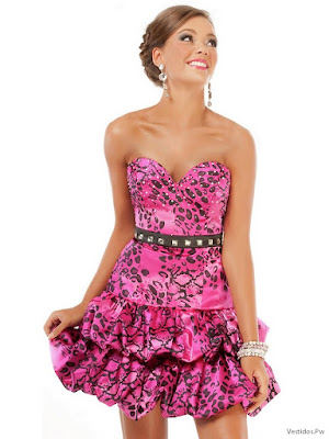 Vestidos con Escote Corazón