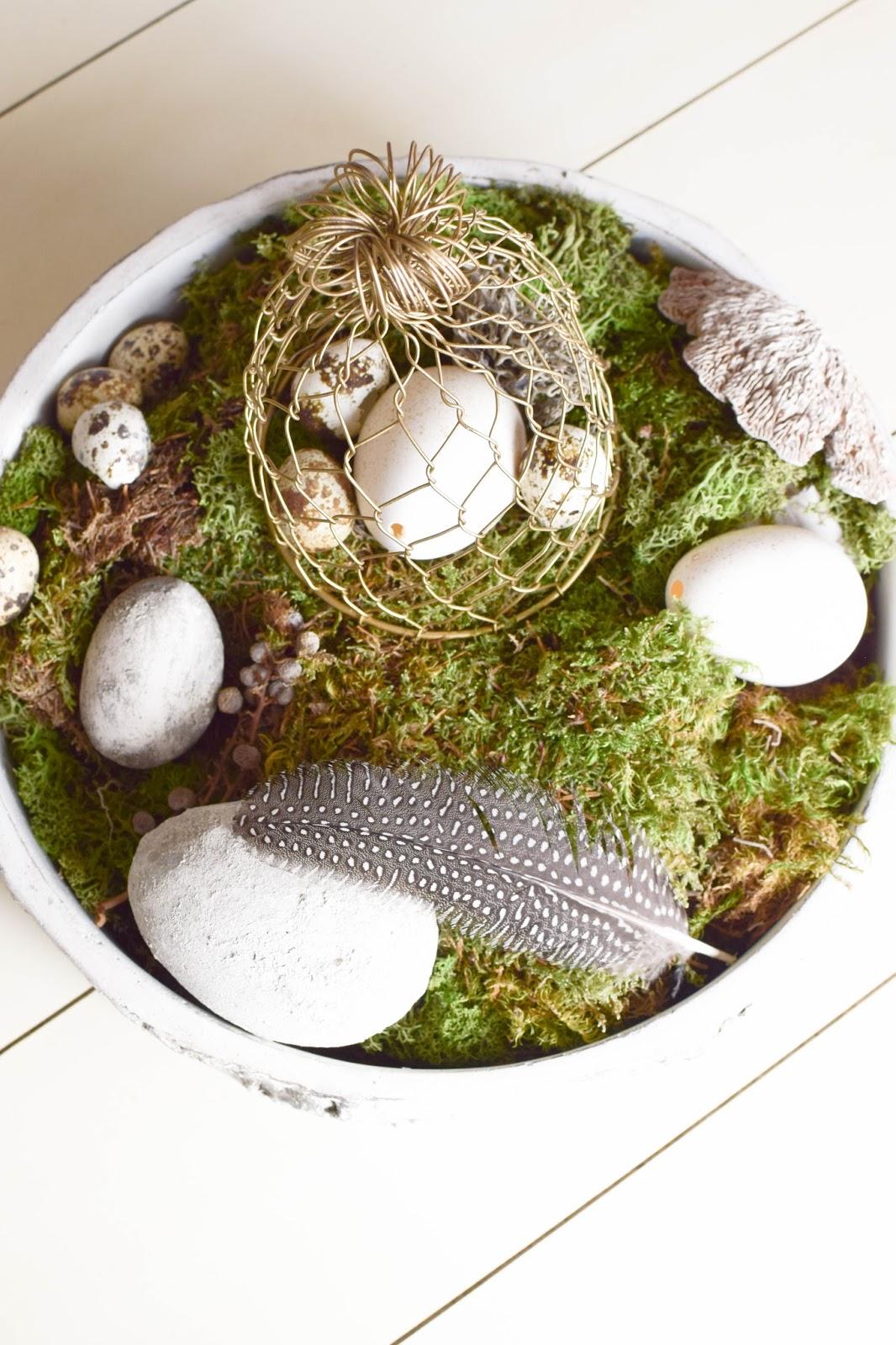 DIY Dekoidee für Ostern: Schale dekorieren mit Wachteleier Osterdeko mit Moos natürlich dekorieren
