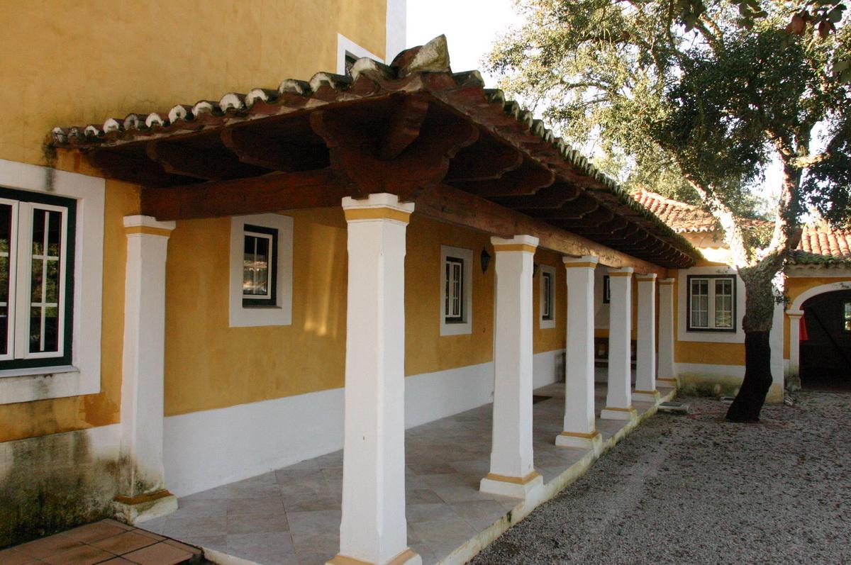 Thiago Braddell Arquitectura Lda Alpendres