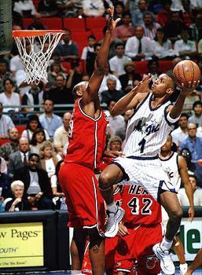 Penemu Permainan atau Olahraga Bola Basket