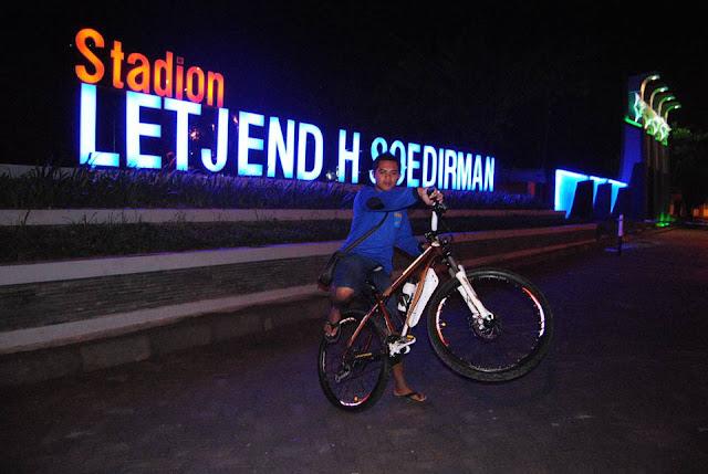 Stadion Letjen H. Sudirman - Bojonegoro_Photo by Ughi Arta