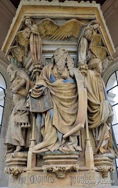 Pozo de Moises de la cartuja de Champmol de Dijon
