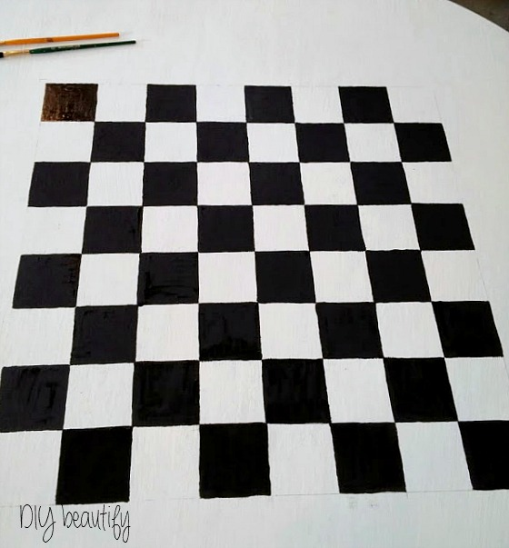 DIY Checkerboard Table | DIY beautify