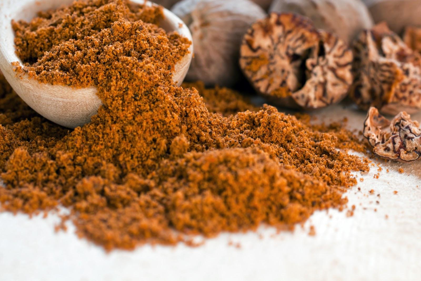 Methow Valley Herbs: Nutmeg Benefits: Medicinal Properties ...