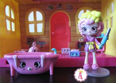 Игрушка Шоппис Бабли Гам - коллекция Хеппи Плейсис с ванной и аксессуарами