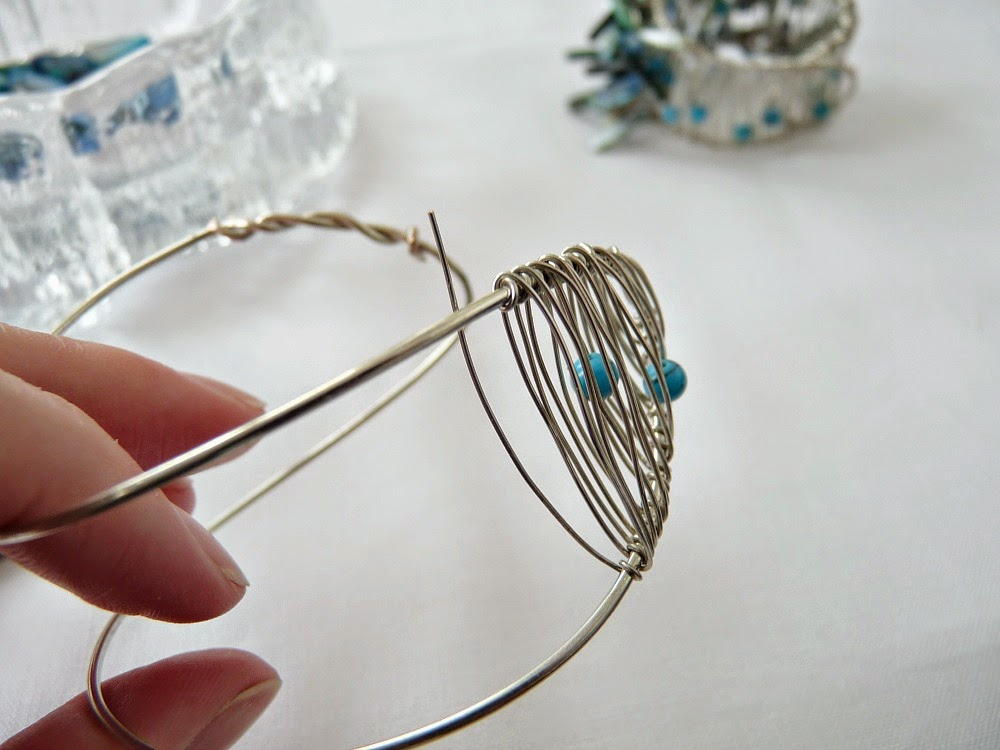Projects with wire and beads