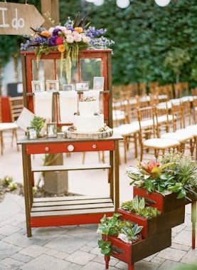 Wedding Cake Table with Drawer Planter