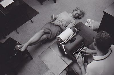 Julie Newmar Catwoman Podolatria Feet Fetish