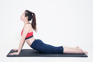 Tăng size vòng 1 bằng các bài tập yoga