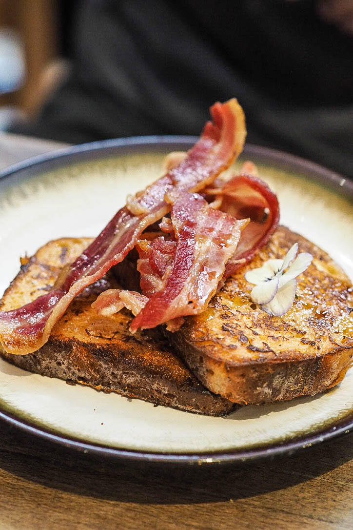 French toast with crispy bacon