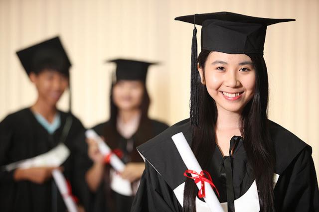 Làm bằng đại học ở đâu uy tín giá rẻ