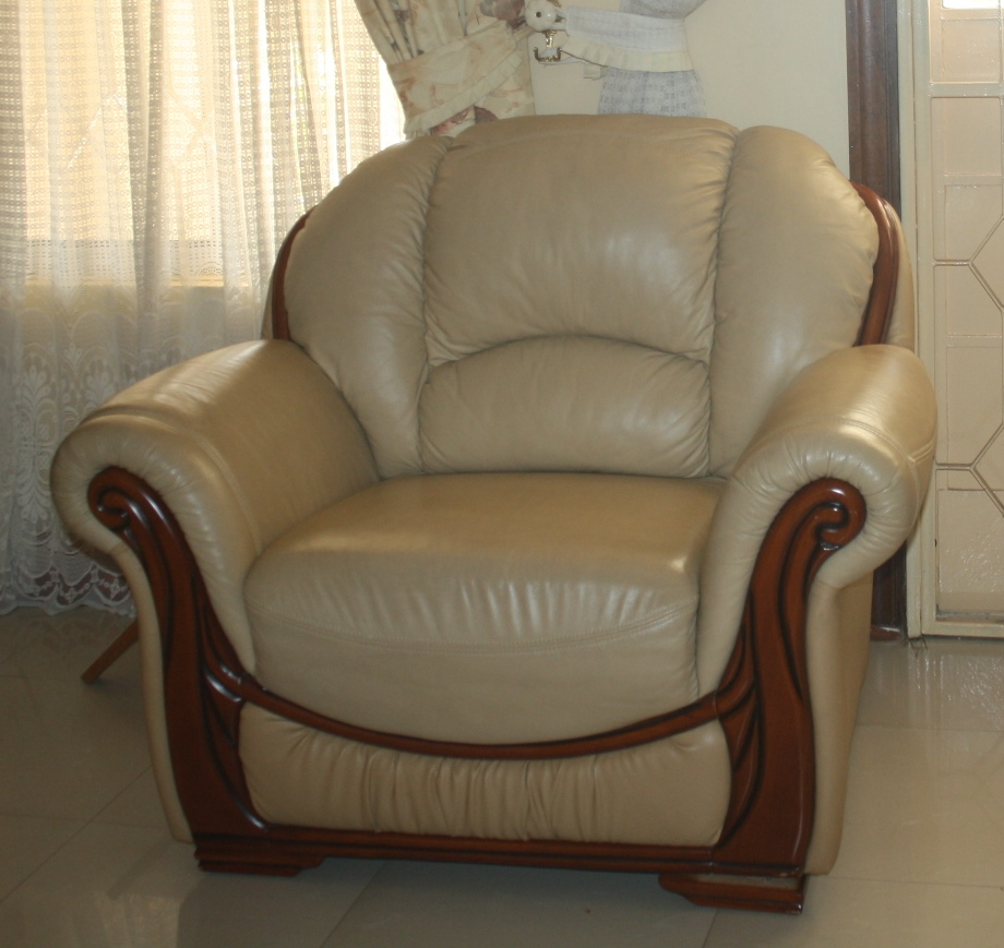 Pure Leather Sofa Sets: Kreative Homez: LEATHER SOFA.. SOLD