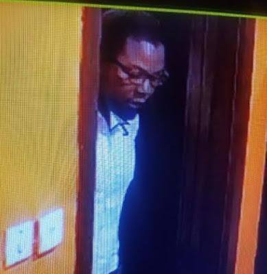 Man Caught Stealing Macbook Pro