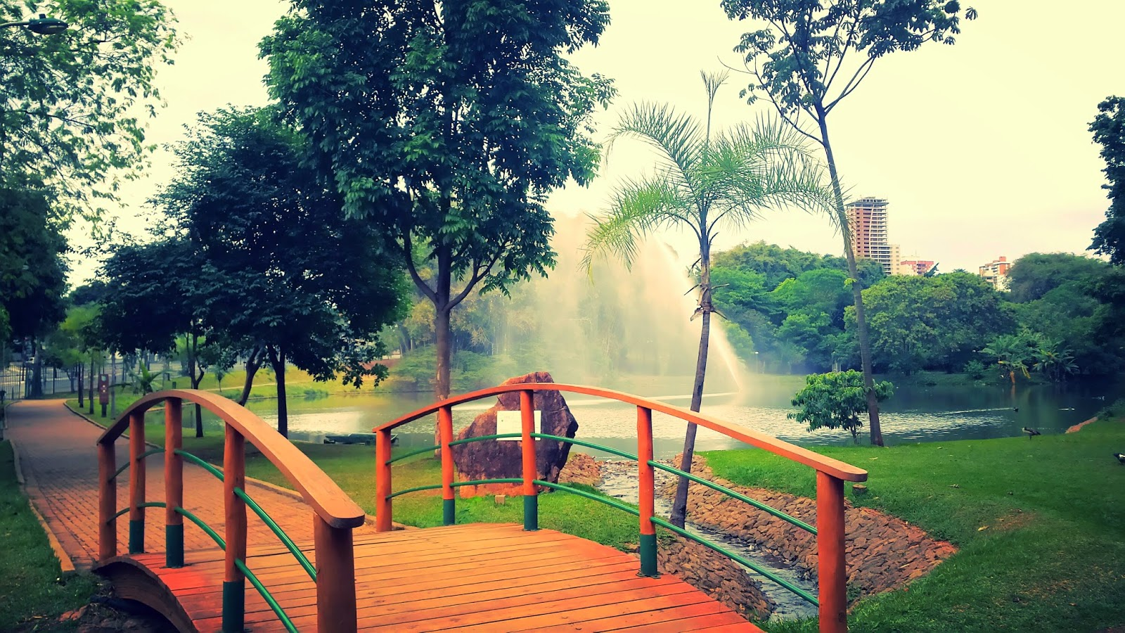 Parque Areião, Paisagens, Jardins