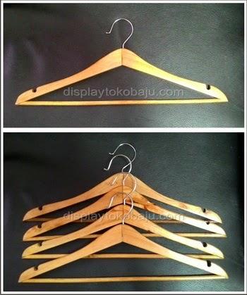 hanger kayu 2