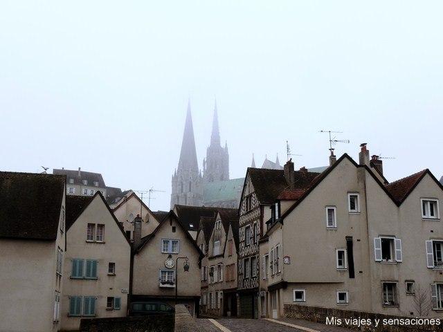 Casco histórico, ciudad de Chartres, Francia